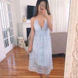 ✨NWT✨ Bardot Midi Lace Dress